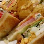 セントル ザ・ベーカリー - クラブサンドイッチ