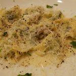 30877990 - リコッタチーズと法蓮草のクアトロフォルマッジオソース 1,650円