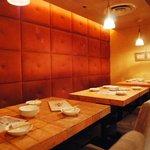澁家 - ソファーのテーブル席では12名様までの宴会OK!!