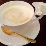 カフェ コロラド - カフェクレームです。