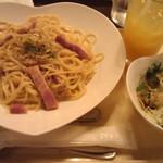 ガーデンプレイスカフェ - カルボナーラランチセット850円