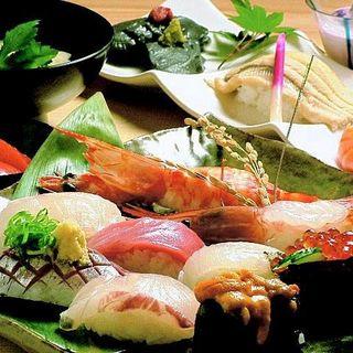 漁場直送仕入の素材を使った握り寿司・お造り各種