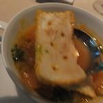 ノーザンテラスダイナー - 和牛ヒレ肉ステーキコース 7000円 クラムチャウダー マンハッタンスタイル トマトスープのアップ ピンボケ 【 2014年9月 】