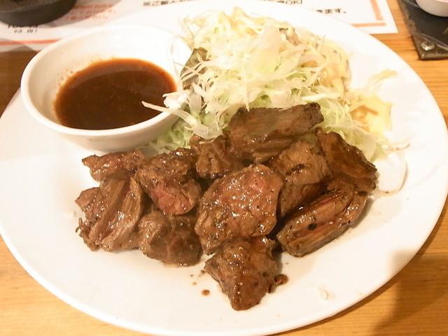 炭火焼肉 ぎゅうぎゅう - サイコロステーキランチ 200g¥900☆♪