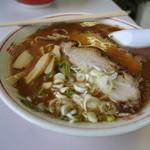 ニューホームラン - これぞ昔食べた旭川ラーメンです