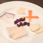 Omori別邸 - チーズ5種盛合せ