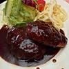 ペイザンヌ - 料理写真:ダブルハンバーグ定食