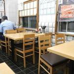 ときわ食堂 - テーブル席
