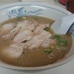山の田ラーメン - チャーシュー麺