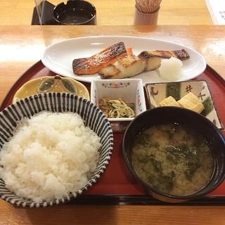 ばなゝや - 昼定食 焼き魚