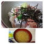 柳橋食堂 - ◆生秋刀魚丼(1000円)・・生秋刀魚丼とお味噌汁のセットです。 キレイな切り身です。旬ですので甘くて美味しいとか。