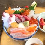 竜巳や - 料理写真:キラキラ秋旨丼