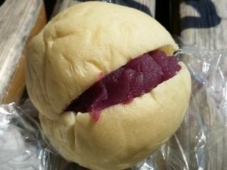 ジュリアン - 紫芋 70円