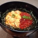 知床料理 一休屋 - ウニといくらのハーフ丼(\2,940)