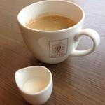 角パン専門店Cafe&マルシエルブ - ホットコーヒー(銀座パウリスタの森のコーヒー豆使用らしい)