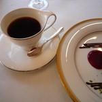 フレンチレストラン 千秋亭 - ホットコーヒー おかわりが嬉しい♪