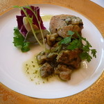 フレンチレストラン 千秋亭 - 前菜 知床豚のハーブ焼き 茸の焼きリゾットを添えて (2500円のランチコース)