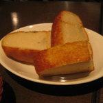 ラ・グラッツァ - パン 自家製フォカッチャ