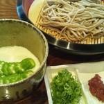 寿楽庵 - 八代オクラのトロロ蕎麦。