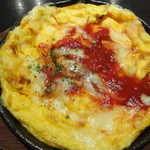 バリバリ鶏 新宿西口本店 - ふわふわ玉子のトマトチーズ
