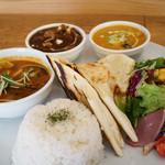 curry diningbar 笑夢 - 3種プレート