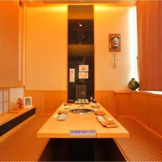 ●全席完全個室・無煙ロースター完備6名掛け掘りごたつVIP席