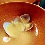 一心亭 - 味噌汁。
