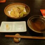 和ごころ 喜心 - 天ぷらは熱々で天だしかお塩で