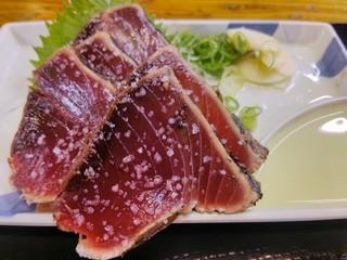 明神丸 ひろめ市場店 - 塩タタキ(小)は5斤