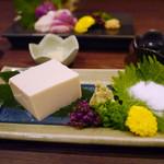 馬鹿凡人 - 京都の美味しい冷奴¥500