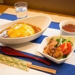 サークル - 料理写真:天津飯など3種類のランチ毎日ご用意
