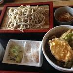 手打ちそば処 鈴花 - 料理写真:ミニ天丼&そば