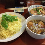 中華そば まるき - つけ麺、あぶり豚丼のセット