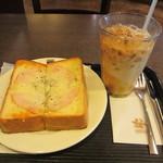 カルディーズクラブコーヒー - ハムチーズトースト、アイス・オーレ