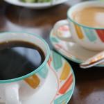 ツルシ - ホットCと紅茶