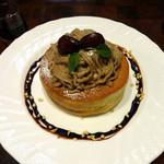 星乃珈琲店 - 栗のスフレパンケーキ