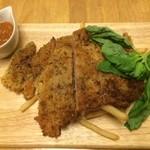 ホットポットキッチン - 牛肉のカツレツ