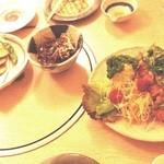 福紘 - 料理写真:山芋フライ、どて煮、おろしとんかつ