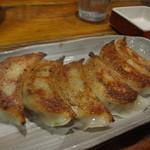 塩の蔵 - 自家製餃子