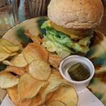 麦小舎 - 料理写真:ハンバーガー
