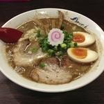 麺や 紡 - 熟成らーめん 550円+大盛り 200円+味玉 100円