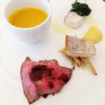 30975698 - ランチ前菜とスープ:カボチャのポタージュと前菜3種