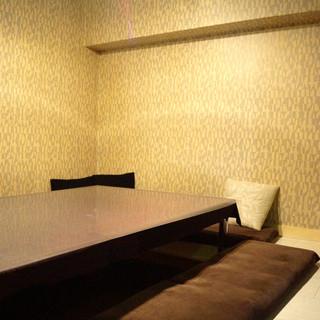 ◇秘密の部屋◇ゆったり過ごせる掘りごたつ席はパーティーに◎