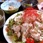 串焼き・魚 新宿宮川 - 豚しゃぶサラダ定食 880円