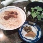 門松 - 〆の炊き込みご飯とお吸い物