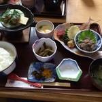 汐亭 - 料理写真:あじたたき膳