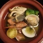 30989806 - 緑茶仕立て 魚介の和アクアパッツア