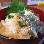 凪 - 凪丼(イカの漬けと生シラス)