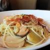 マラッカ - 料理写真:松茸、小海老、栗のペペレンチーノ