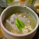 吉祥寺 みかづき酒房 - 京芋の塩そぼろ煮
